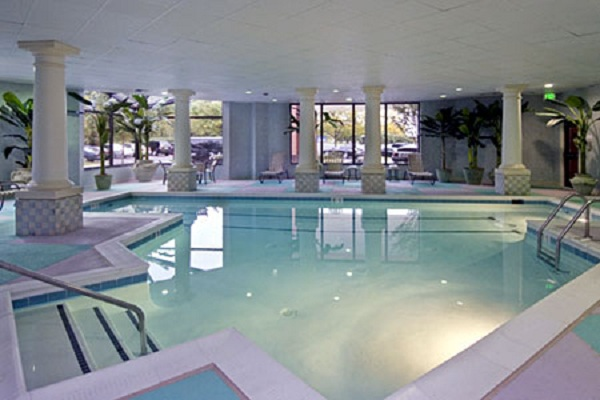 Indoor swimming pools design in washington dc realcohomes for Pool design washington dc