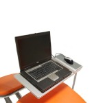 Comfortable Lounge Chairs with Laptop Sidetable (5)