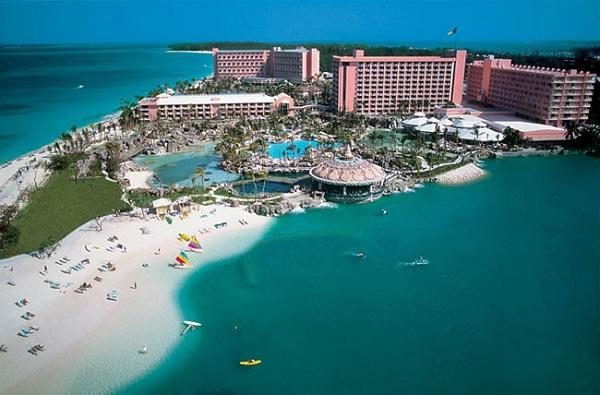 Popular Atlantis Resort To Vacation Destination