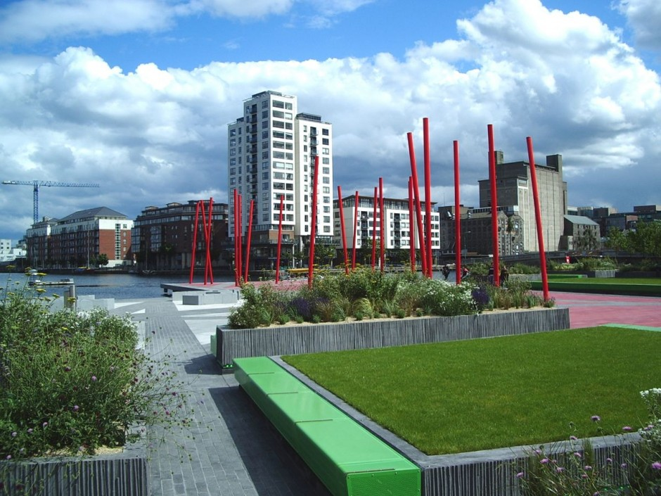 Grand canal square landscape in dublin river ireland for Landscape architect ireland