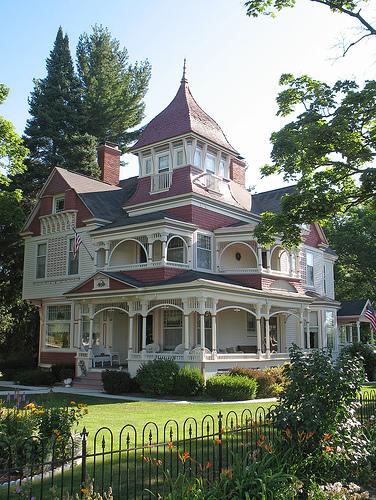 [Image: Victorian-Houses-1.jpg]