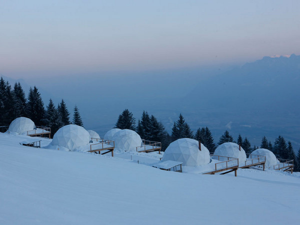 Modern-Resort-Like-Igloo-WhitePod-Alpine-Ski-Resort-1