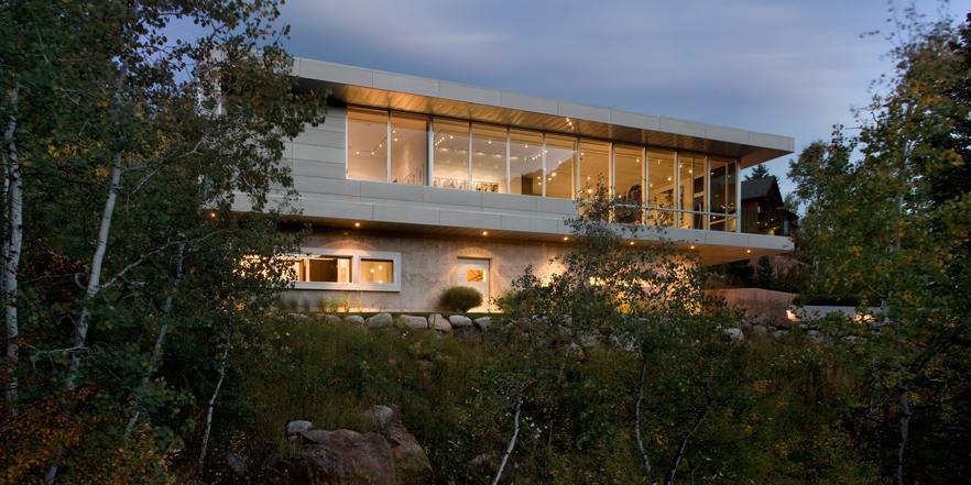 Modern-and-Elegant-Home-Design2