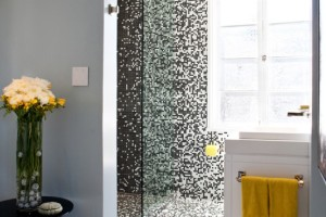 Black And White Pixelated Mosaic Wall Bathroom Design
